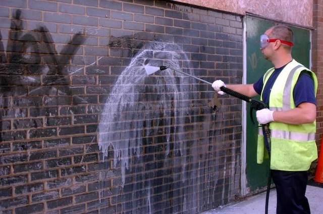 graffiti removal in alhambra